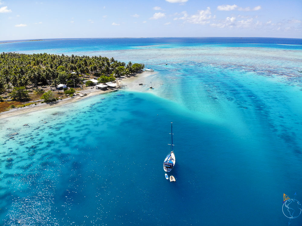 Mouillage de l'Anse Amyot au nord de l'atoll de Toau dans les Tuamotu.