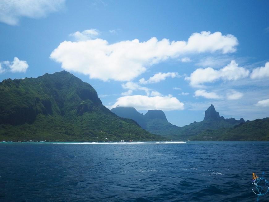 Les monts Rotui, Moua Roa et Tohiea sur l'île de Moorea.