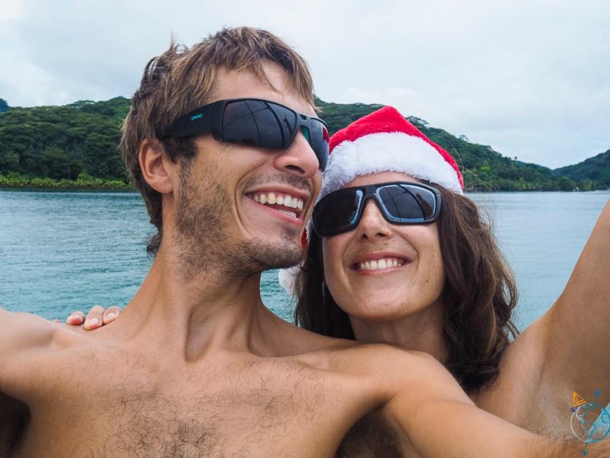 Noël fêté à bord, sur le pont du bateau.