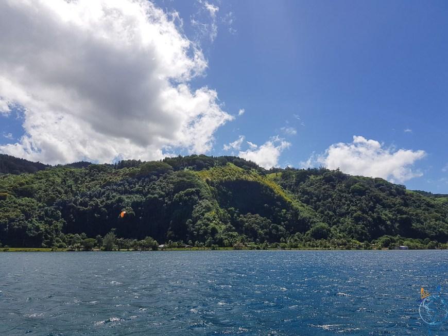 Mouillage de Maraa au sud-ouest de Tahiti, parfait pour y faire du kitesurf.