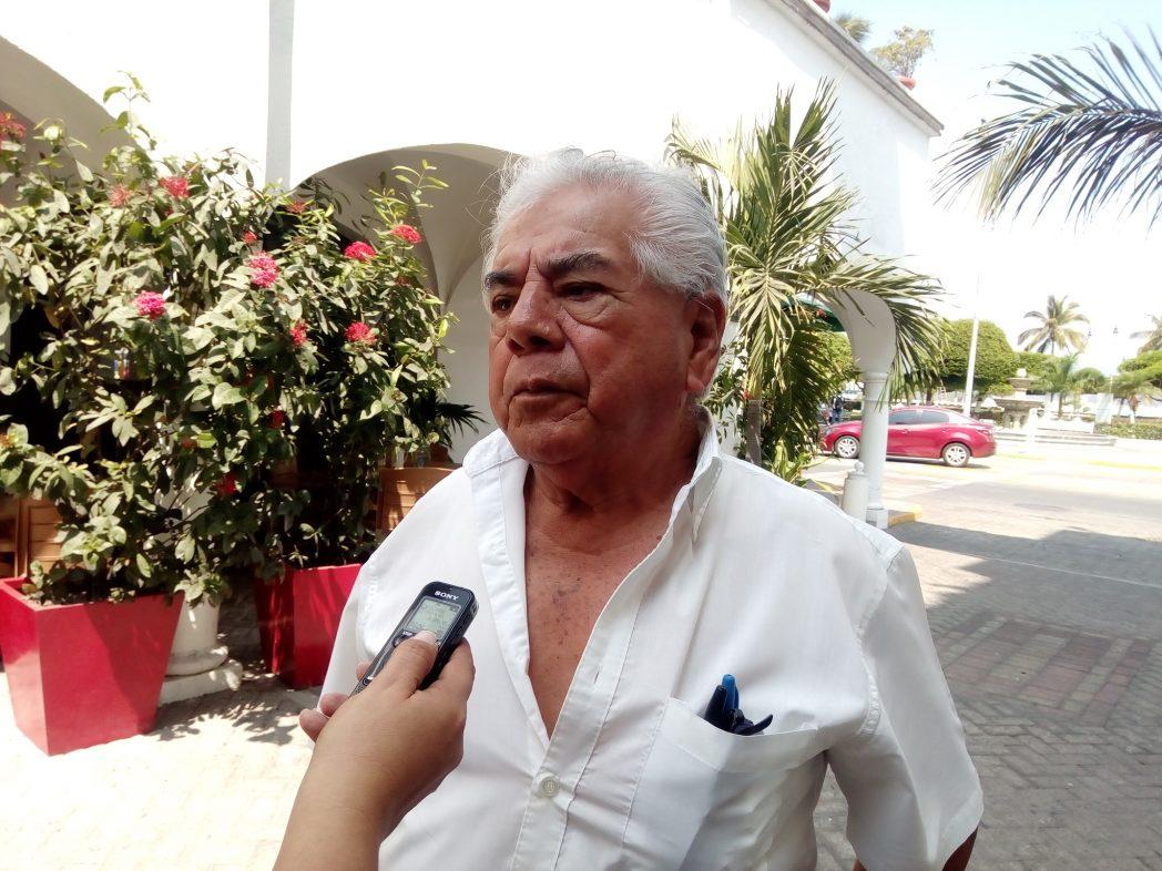 Taxistas confian que se resuelva problema de permisos de taxis