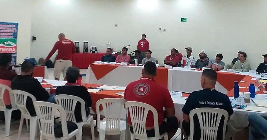 Logran certificación nueve Guardavidas de Océano en Manzanillo