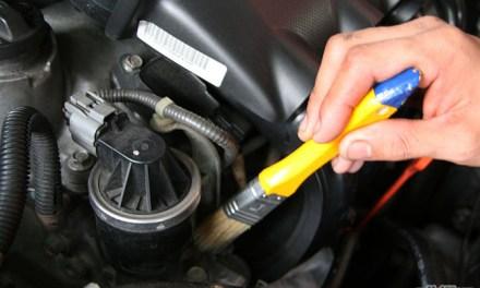 Posso lavar o motor do meu carro? Produtos e dicas