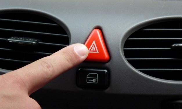 Pisca-alerta do seu carro