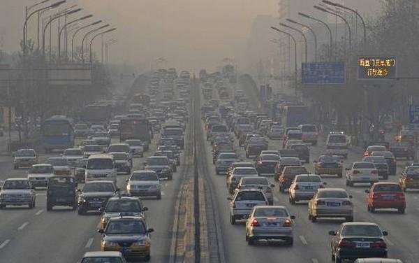 O carro e a poluição - 6 dicas para diminuir