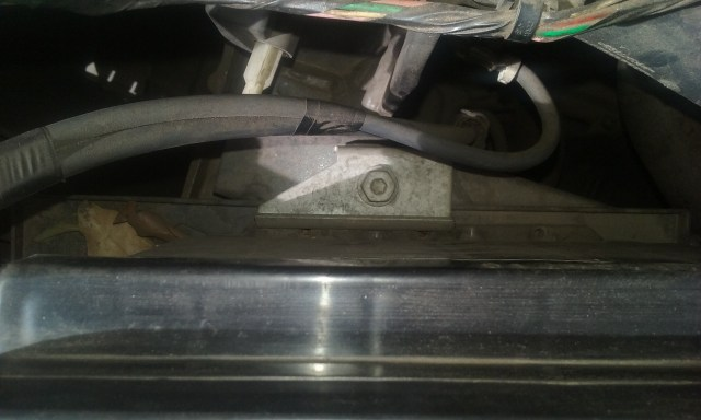 Suporte-bateria-sandero