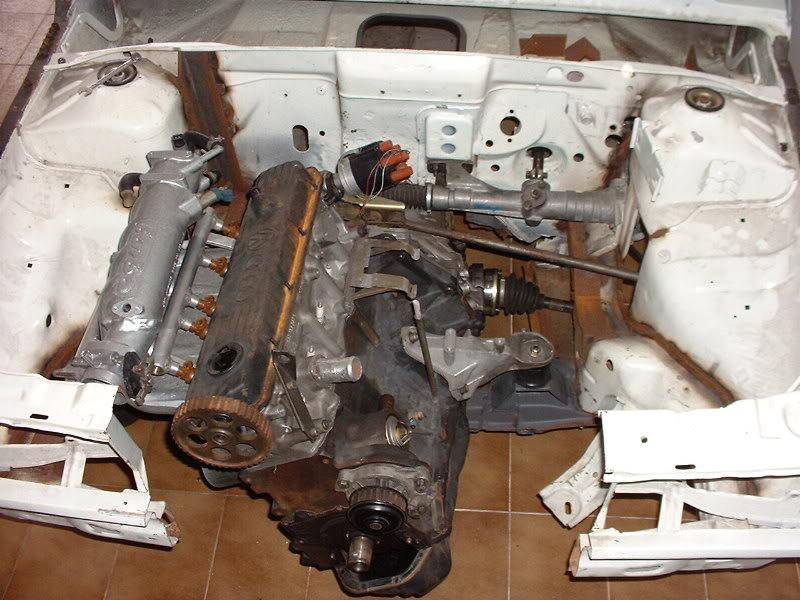 Motor longitudinal do gol com tração dianteira. Foto: autoforum.com.br