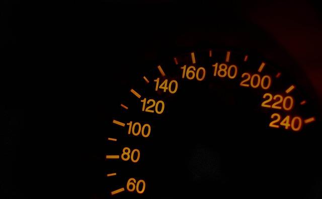 Siena perde aceleração
