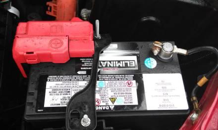 O que devo saber ao comprar uma bateria de carro