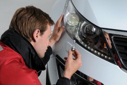 Como consertar seu carro e não muito gastar dinheiro