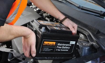 Bateria Usada Uma Sucata Valiosa E Perigosa M 227 Os Ao Auto