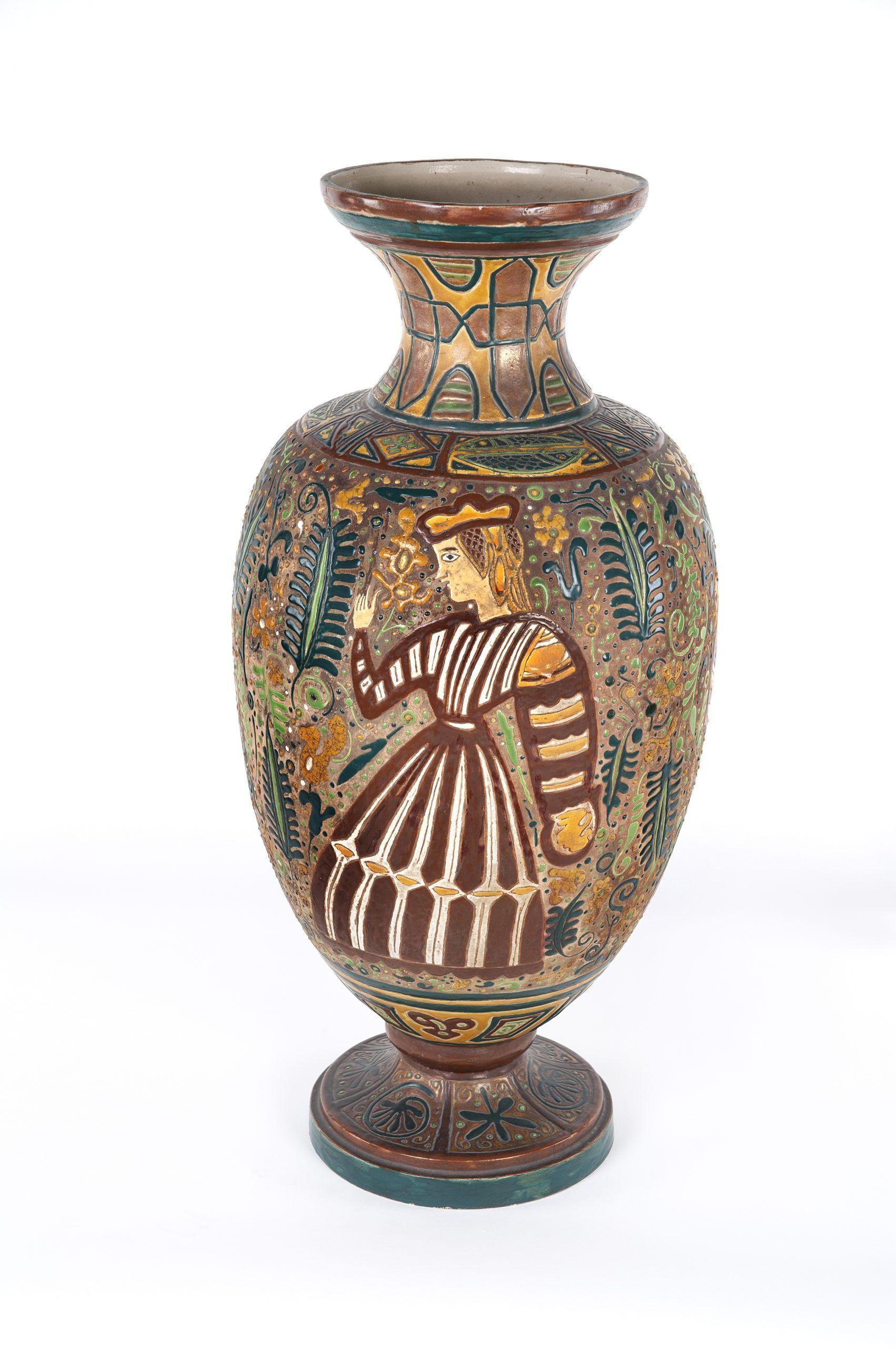 Uno degli edifici nobiliari più importanti della storia della città di valencia. National Museum Of Ceramics Mapa Del Disseny