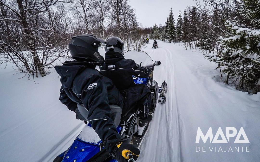 Passeio de Snowmobile e Hotel de Gelo Noruega