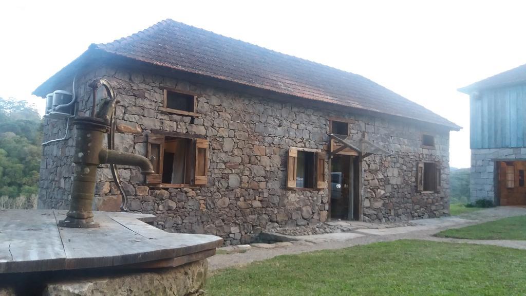 Casa-Barp-Caminhos-de-Pedra
