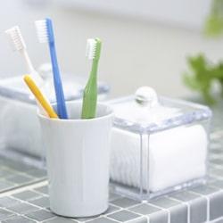 Отбеливание зубов в домашних условиях: содой, перекисью водорода, отбеливание с каппами