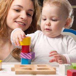 Воспитание ребенка до года: рекомендации психолога, игры и игрушки