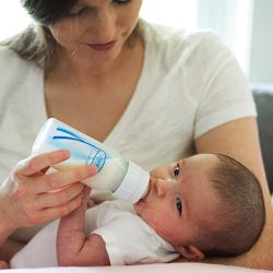 Какую смесь выбрать для новорожденного?