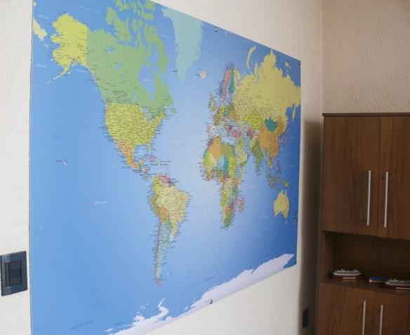 papel de parede mapa mundi, decoração sob medida aplicado na placa de PVC