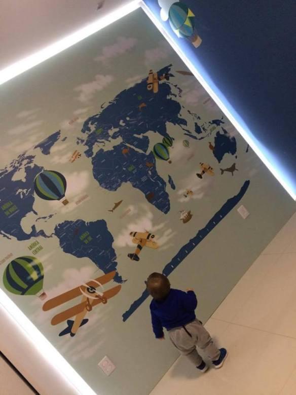 papel de parede mapa mundi aplicado
