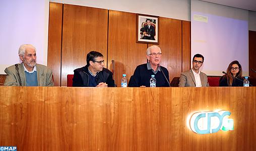 """Présentation à Rabat du rapport """"Questions d'économie marocaine 2015-16"""""""