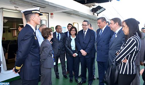 """M. Akhannouch et son homologue espagnol visitent le bateau de coopération en matière de pêche """"Intermares"""""""