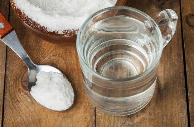 5 raisons pour gargariser avec de l'eau salée