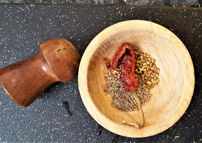 Essential spices for your pantry | Healthy spices for your spicebox | Beginners guide to the use f spices | Indian Cooking | Maple and Marigold