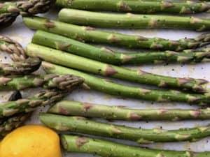 asparagus ready to go into oven