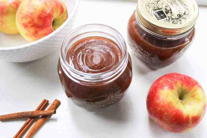 slow cooker maple apple butter with apples