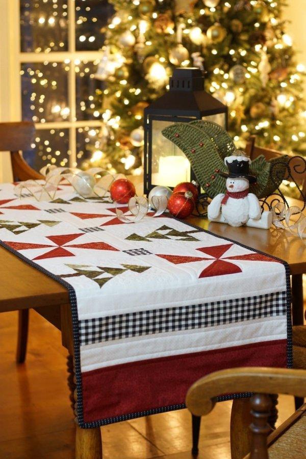 An Evergreen Christmas Table Runner pic 5