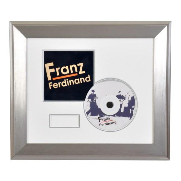 CD/DVD presentation frame