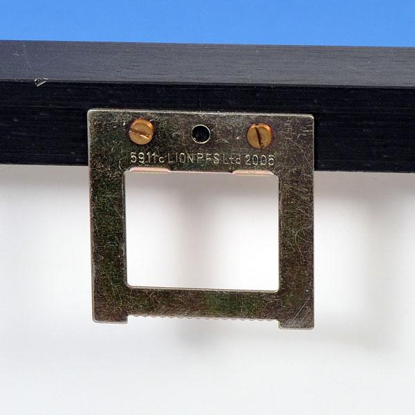 Float Frame hanger