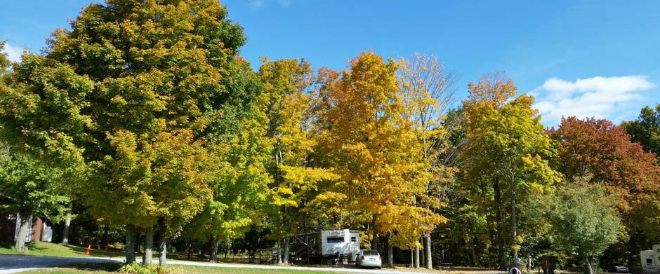 Fall foliage vermont camping