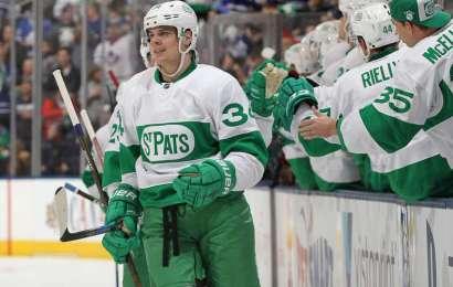 Matthews ukončil střeleckou pauzu a Leafs berou bod s Chicagem