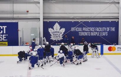 Andersen zpět v tréninku. Leafs poprvé před playoff trénovali