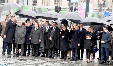 جلالة الملك يحضر مأدبة غذاء أقامها الرئيس الفرنسي بمناسبة تخليد مائوية هدنة الحرب العالمية الأولى