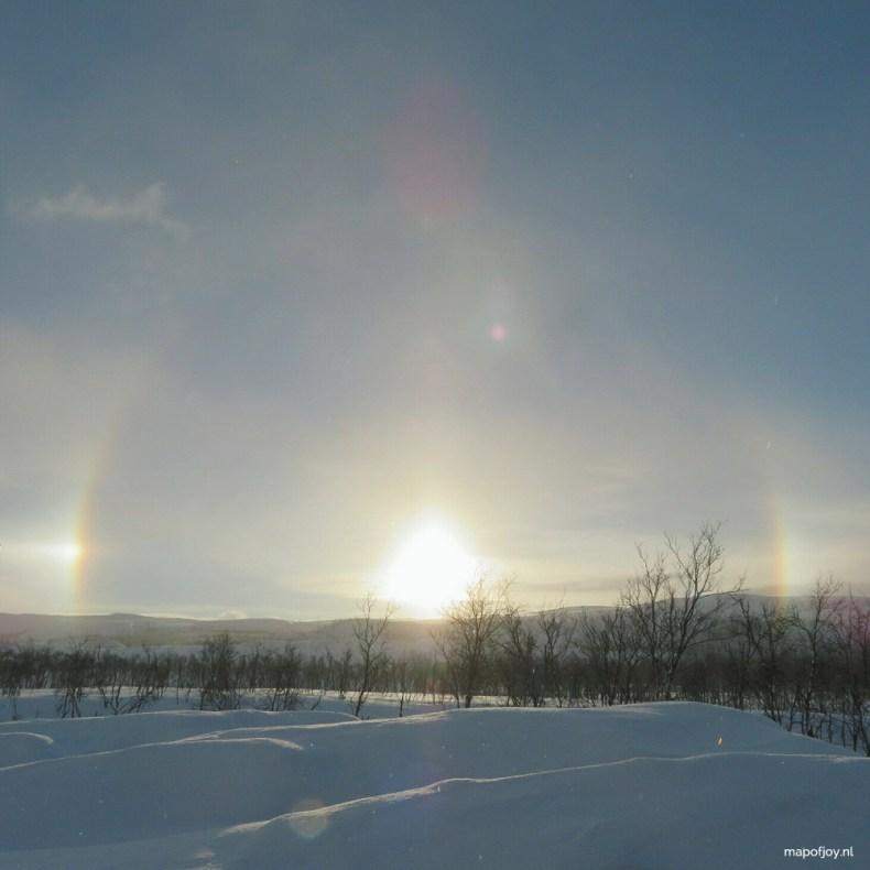 Finland, regenboog, sneeuw landschap - Map of Joy