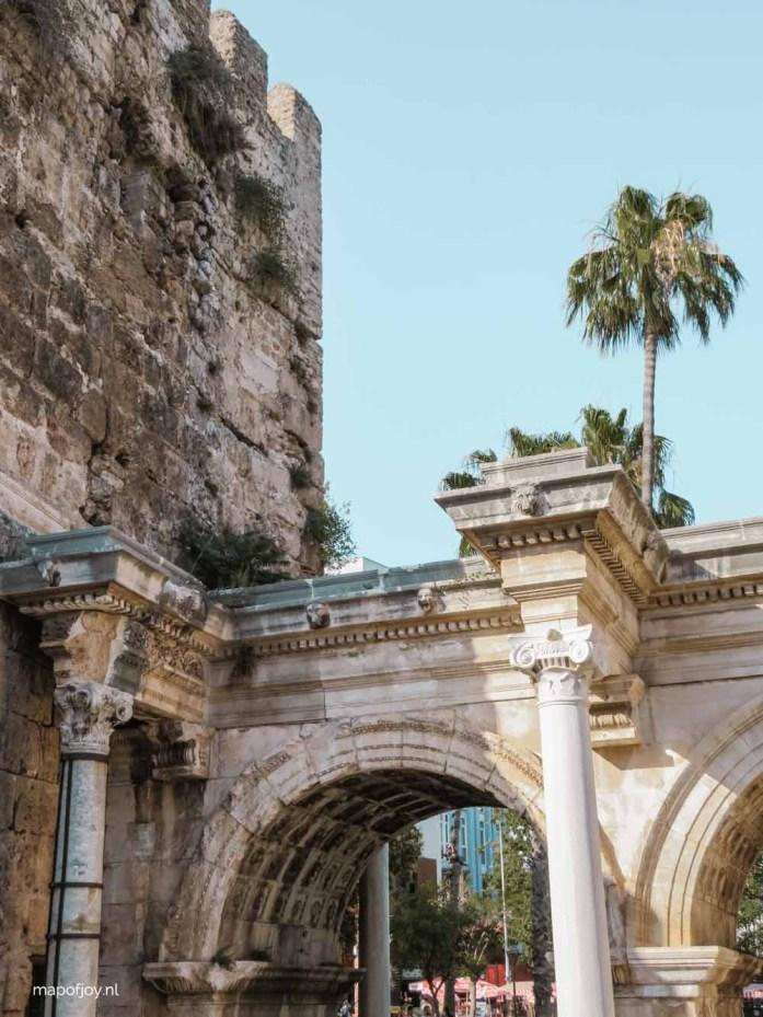 Hadrianuspoort, Kaleici, Antalya