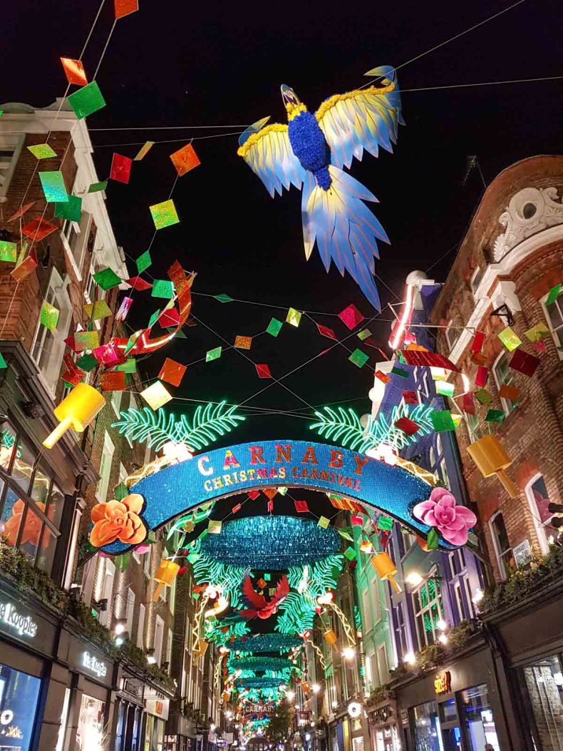 Carnaby Street Londen, kerstlichtjes - Map of Joy