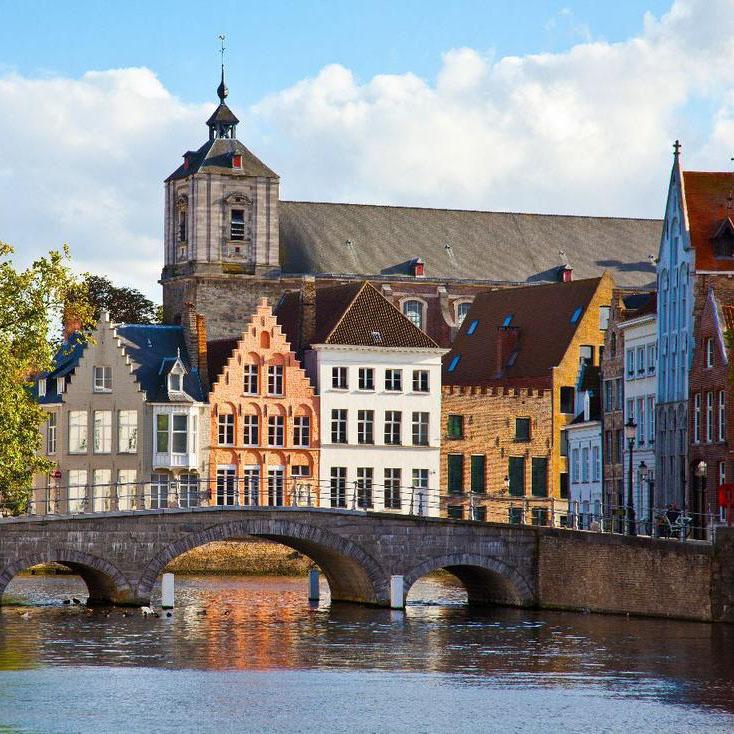 Dit zijn de 26 leukste stedentrips in de herfst, Brugge