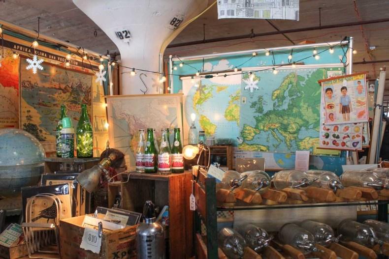 8x vintage shoppen in Brooklyn New York, Artists & Fleas - Map of Joy