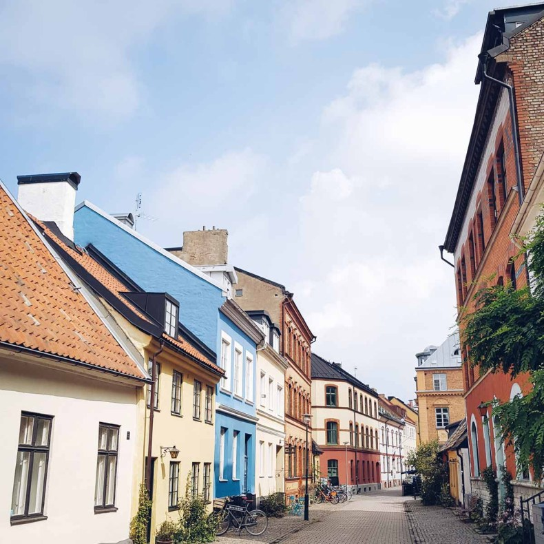 Malmö, mooiste bezienswaardigheden in Skåne aan de kust [roadtrip route] - Map of Joy