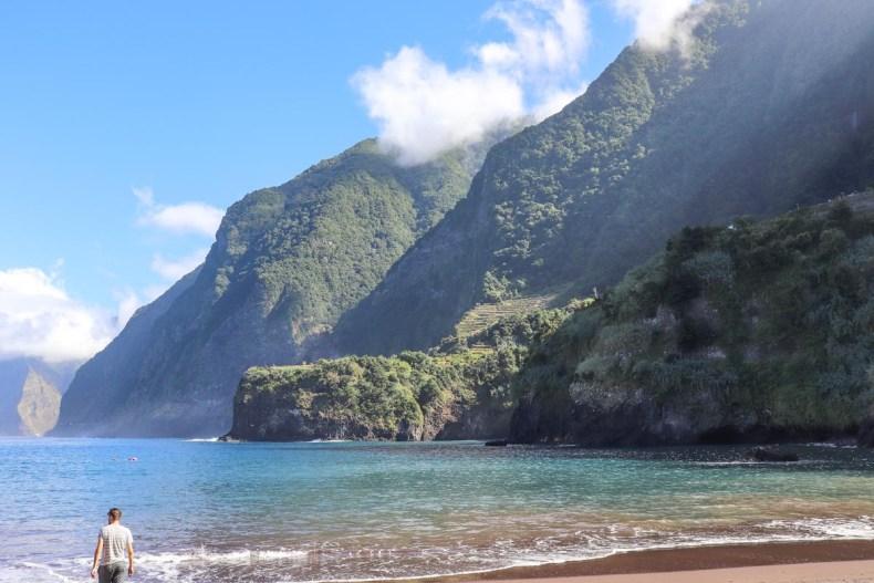 Het mooiste strand van Madeira, Seixal - Map of Joy
