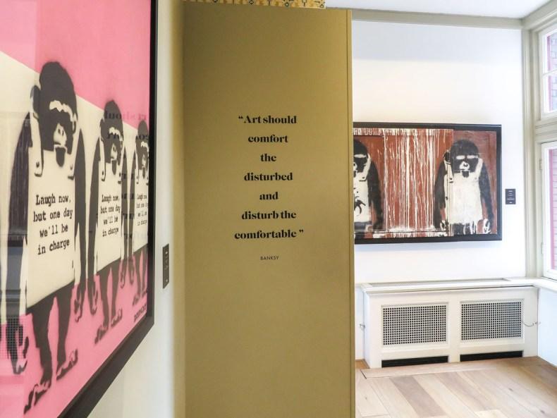 Originele museumtip: het Moco Museum in Amsterdam, Banksy - Map of Joy