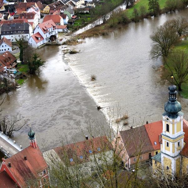Church River Kallmünz, Germany