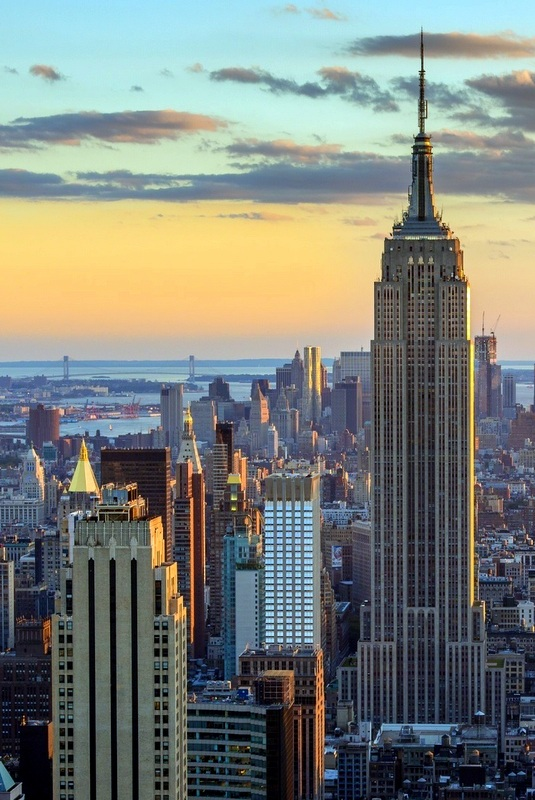 "In terms of sheer variety and abundance of styles and shops, New York City is the ""gleaming shopping Mecca that dreams are made of""."