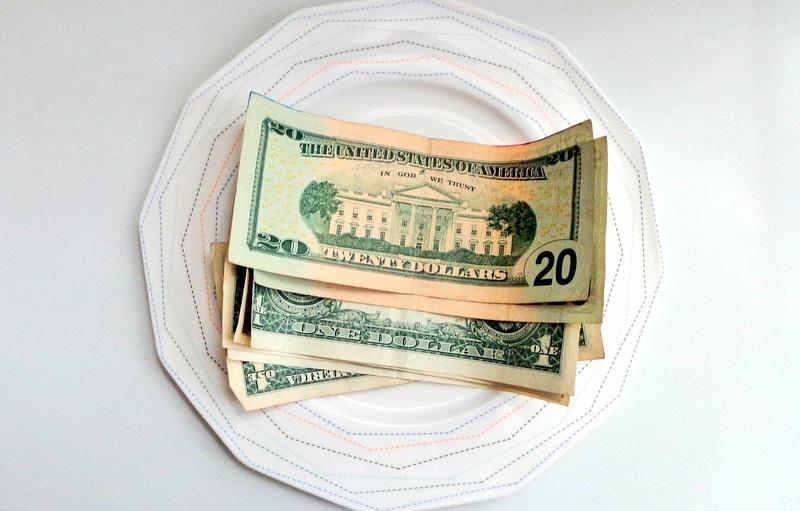 Money tipping tip