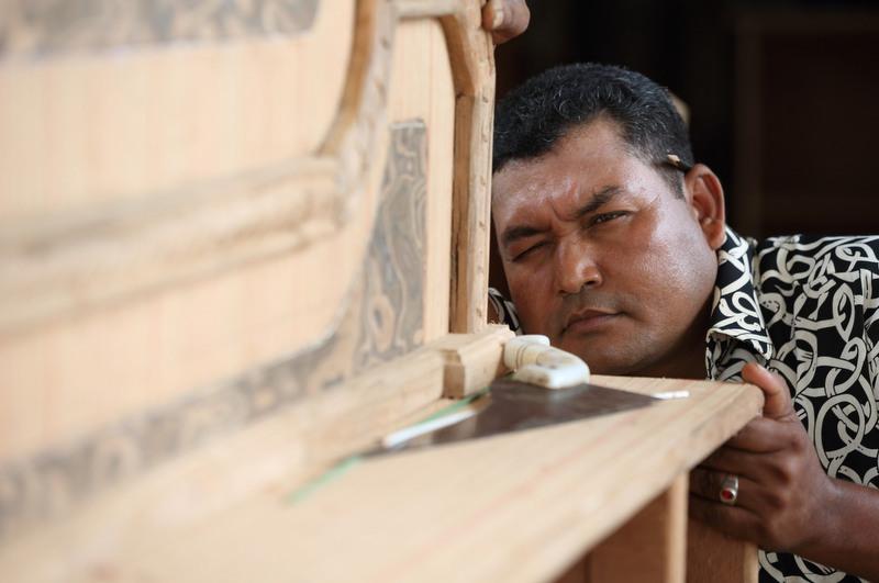 Local fijian artisan