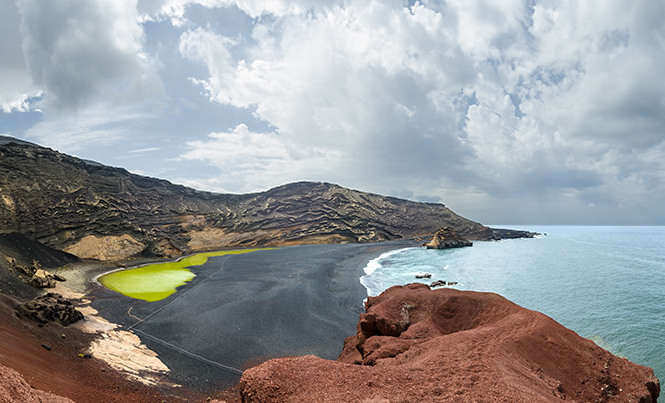 There's not much in the way of high rise developments in Lanzarote, so it's a fantastic place to see the landscape.