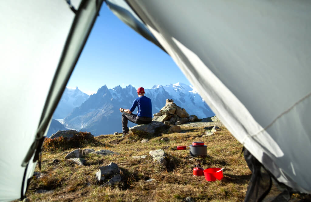 Camping tent mountains RF (1)